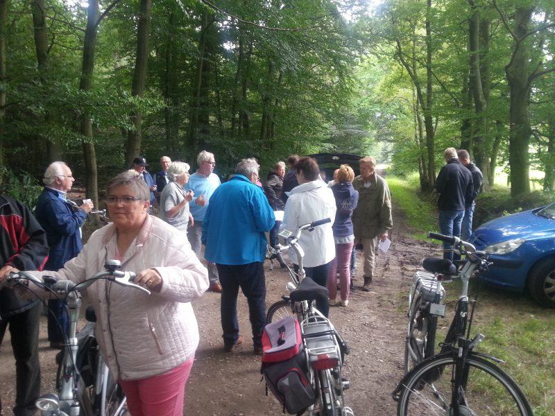 Geslaagde fietstocht en barbecue leden LPKV